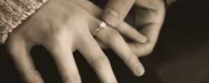 The Inner Fear of Women Who Have Broken Their Marriage